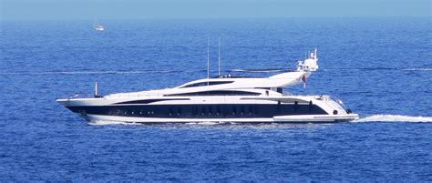 Nadine Yacht Sinking 1997 by Coco Chanel Yacht Www Imgkid The Image Kid Has It