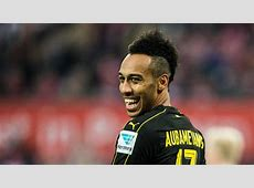 Bosz expects Aubameyang speculation to continue amid