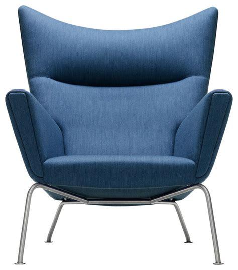 wegner wing chair blue modern sessel