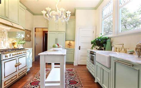 Collection by dede fleur • last updated 5 weeks ago. Modern Victorian Kitchen Design - Decoration Channel