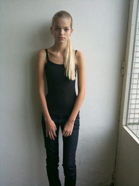 Daphne Teen Model