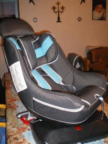 montage siege auto trottine siège auto pivotant trottine equipement bébé maison