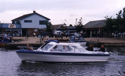 Sailing Boat Hire Southton day boat hire day boats on the norfolk broads
