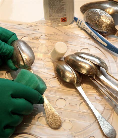 reinigung silber glanzleistung silber putzen silbersuite