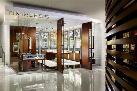 fontainebleau set  open  jewelry  store