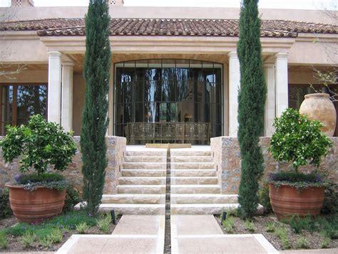 Architect Bob Ray Offenhauser Designed This Villa
