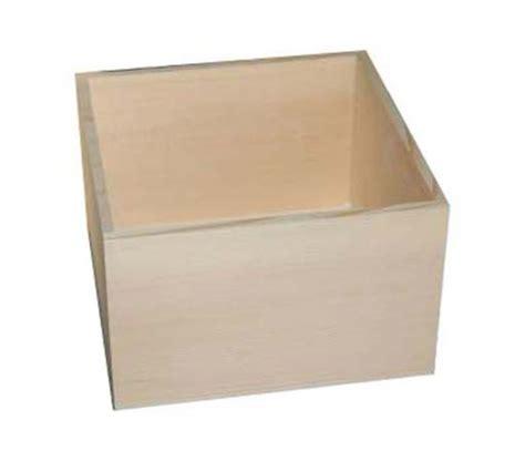 bo 238 te de rangement en bois a d 233 corer ou 224 peindre supports 224 d 233 corer par the shop of diy