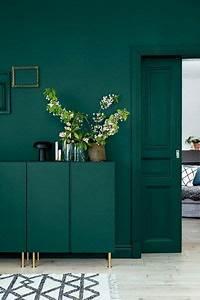 Welche Wandfarbe Passt Zu Nussbaum : welche farbe passt gr n tipps f r gelungene ~ Watch28wear.com Haus und Dekorationen