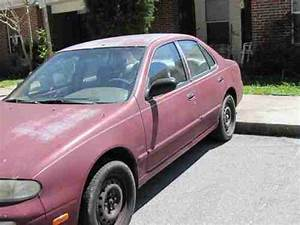 Purchase Used 1994 Nissan Altima Gxe 2 4 Liter 5 Speed