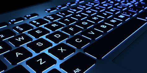 tastiere pc    vient  ordre des lettres sur  clavier