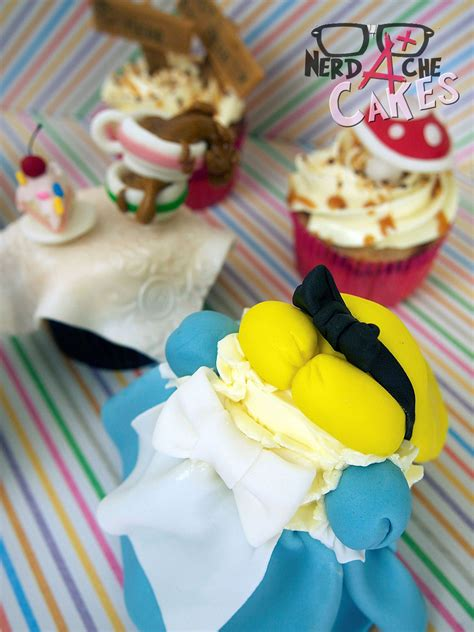 Maybe you would like to learn more about one of these? Alice in Wonderland Cupcakes (With images)   Alice in ...