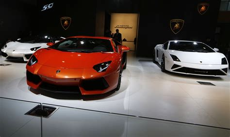Must Have Gadgets For Your Luxury Car
