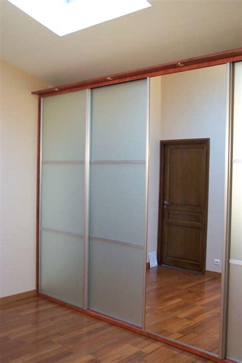 porte de chambre coulissante porte placard chambre prix la porte coulissante