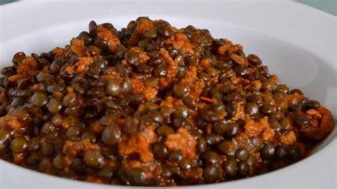 cuisine lentilles vertes lentilles vertes du puy à la bolognaise recettes site officiel de la lentille verte du puy