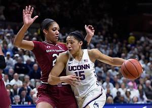 UConn women's Insider: Gabby Williams Started Slowly, But ...