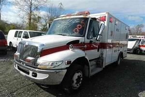 International 4300  2005    Emergency  U0026 Fire Trucks