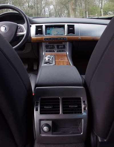 lade bixenon biltest jaguar xf sportbrake 2 2 test pr 248 vek 248 rsel