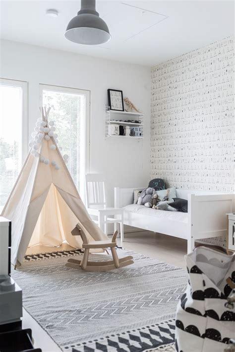 Kinderzimmer Deko Pink by Monochrome Gender Neutral Kid S Room Babyrum