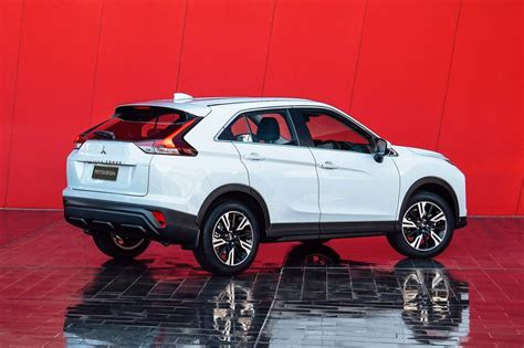 The sporty suv that's ready for action. Mitsubishi Eclipse Cross 2021: primera actualización ...