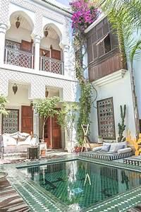 Plus de 25 idees magnifiques dans la categorie oriental for Peinture d une maison 5 maisons de ma238tre et habitations coloniales dans les