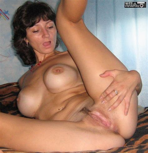 Horny mature housewives show their erotic photos - big photo #3