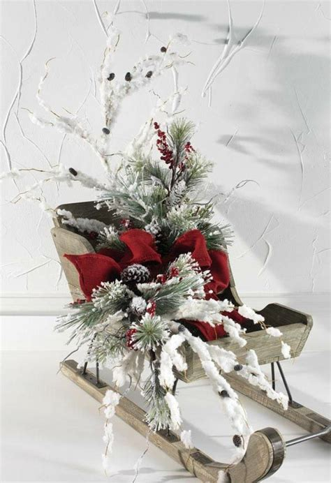 decorations de noel avec traineaux en  idees