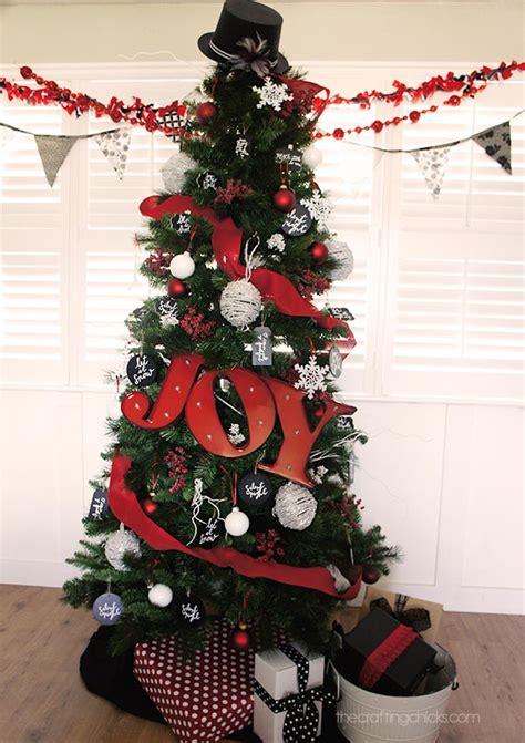 red white  black michaels dream tree reveal