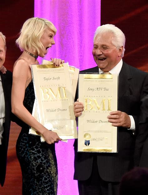 Taylor Swift won the first-ever Taylor Swift award for ...