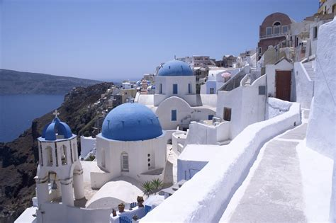 Santorini Greece The Perfect Itinerary For First Timers