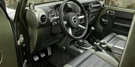 Jeep Truck 2020 Interior by 2020 Jeep Gladiator Price Interior Specs Msrp Release