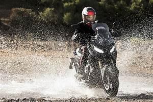 Honda X Adv : first look 2017 honda x adv adventure scooter bikesrepublic ~ Kayakingforconservation.com Haus und Dekorationen