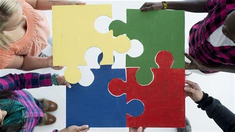 successful volunteer relationships start  creating