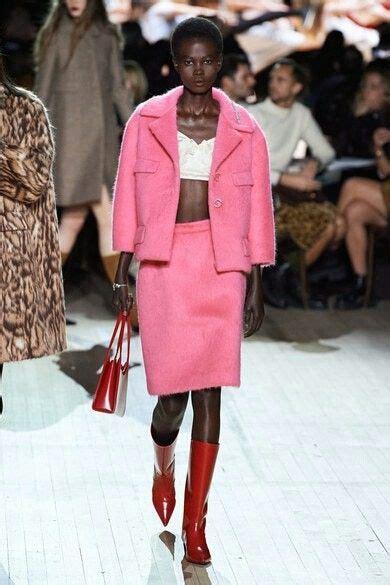 Pin de Just vogue em Fashion   Ideias fashion, Modelos ...