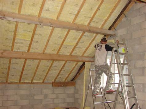 cr 233 er un plancher et ou faux plafond dans un toit