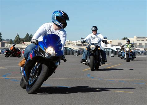 2015 Spring Motorcycle Safety Tips (p1