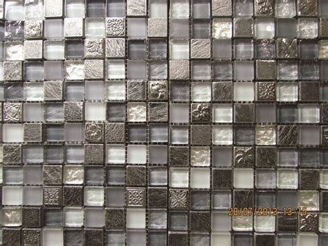 glass instead of tiles in kitchen glass mosaic 8313