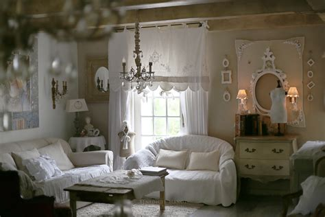 canapé cottage salon romantique salon shabby chic ambiance cosy le