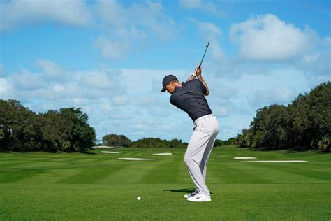 Tiger Woods' iron game, explained (in detail, in his own ...