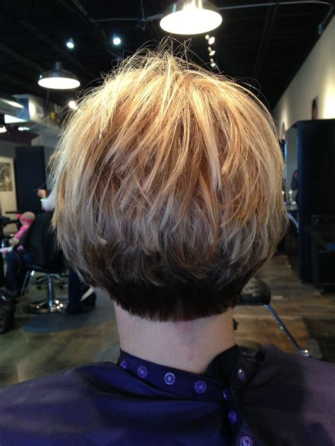 Inverted stacked bob three colors #Keune Short stacked