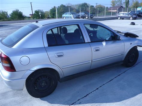 Opel Astra Usa by Vand Usa Bara Hayon Aripa Opel Astra G 23 Octombrie