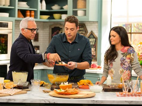 food network kitchen turkey potatoes and pie the kitchen co hosts