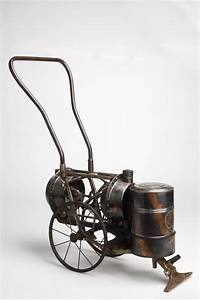 Mechanischer Staubsauger  Ca  1890