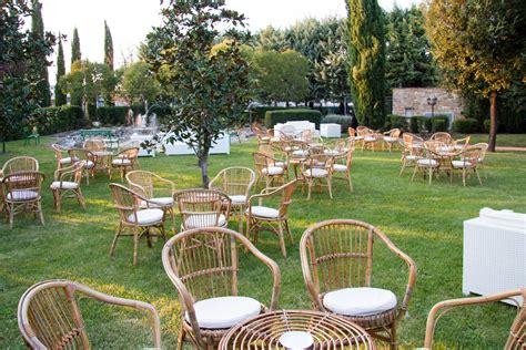 Noleggio Salotti, Set Da Giardino In Vimini Con 4 Poltrone