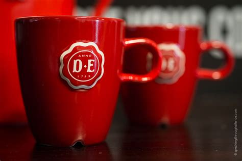 Born in the netherlands in 1753, douwe egberts now can be found in many countries around the world. ambitionOne®Jacobs Douwe Egberts (met afbeeldingen)   Koffie