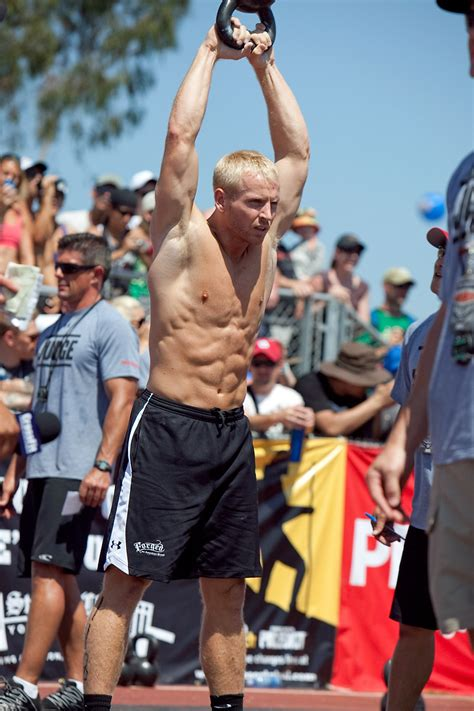crossfit kettlebell graham holmberg body swings champion fittest games proportion swing workout running ideal there lbs before masters division shows