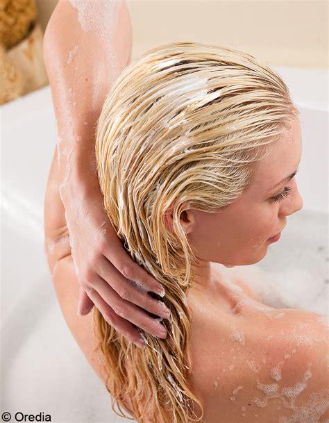 shoing maison cheveux secs soin pour cheveux secs 13 recettes de cosm 233 tiques faits maison