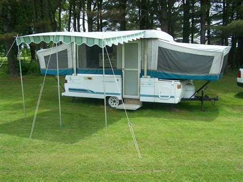 Vintage Deluxe Awning 7' 9