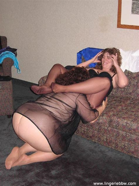 Lingerie Bbw Pantyhose And Nylons Bbw Lesbians