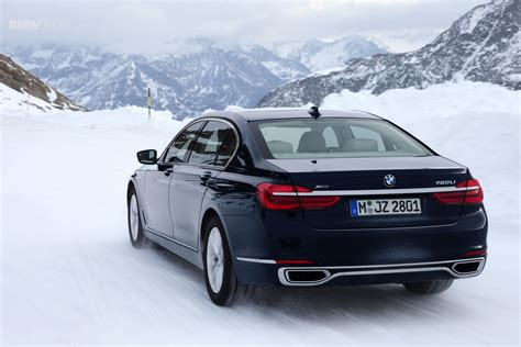 750 Li Bmw by The New 2016 Bmw 750li Xdrive Drifts In The Alps