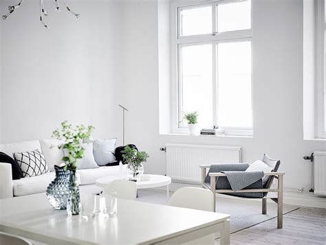 A Minimalist Modern Apartment In White by Simple And Minimalist All White Apartment In Gothenburg